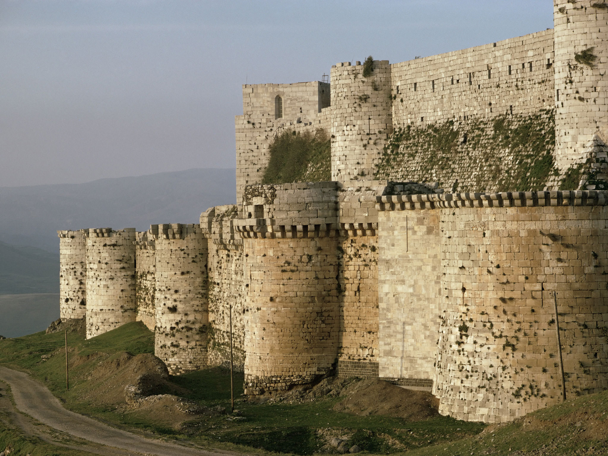 The Crusader castle the Krak des Chevaliers in Syria; Source: independent.co.uk