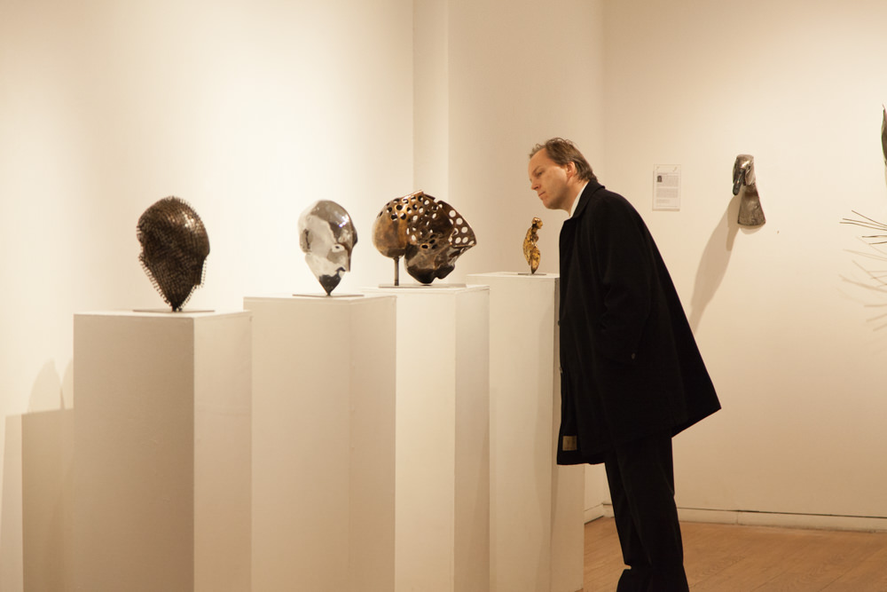 Guest viewing works by Helgi Gíslason (left) and Lida Boonstra (right)